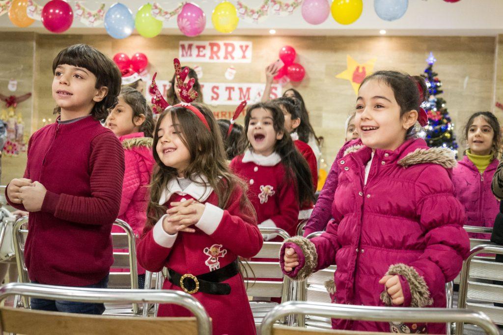 Gyerekek öröme karácsonykor a Marya Mana iskolában